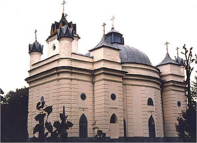 Храм  в с.Великая Топаль, построенный Голицыными (18 век)